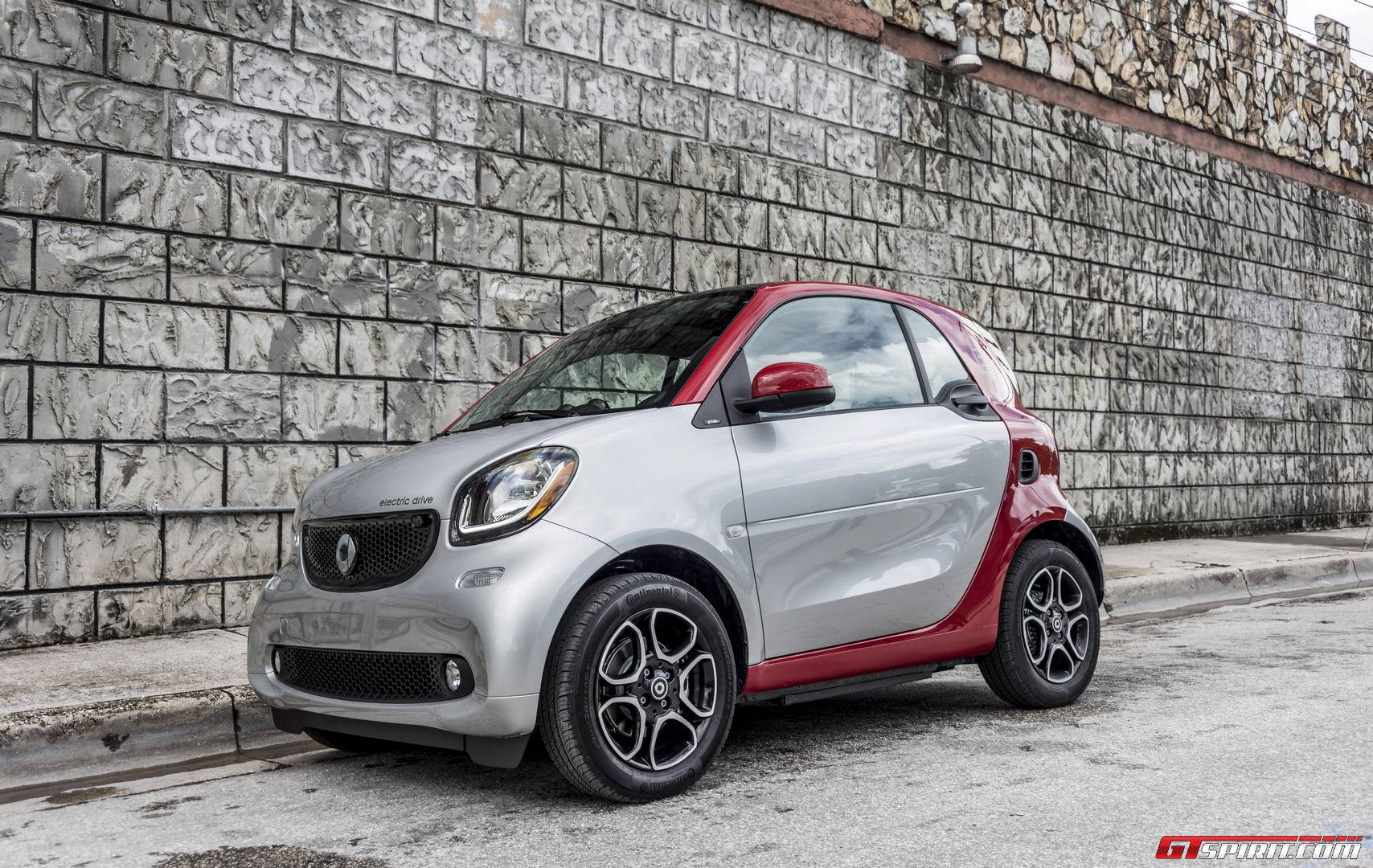 Silver 2017 Smart Electric Drive 1 Of 25 In