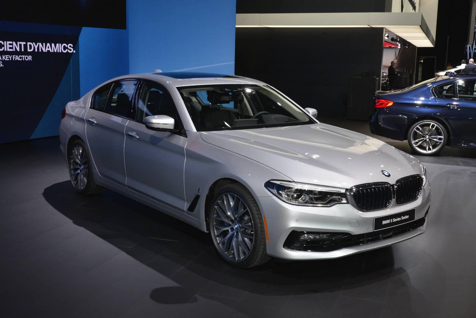 Detroit 2017: BMW G30 5-Series