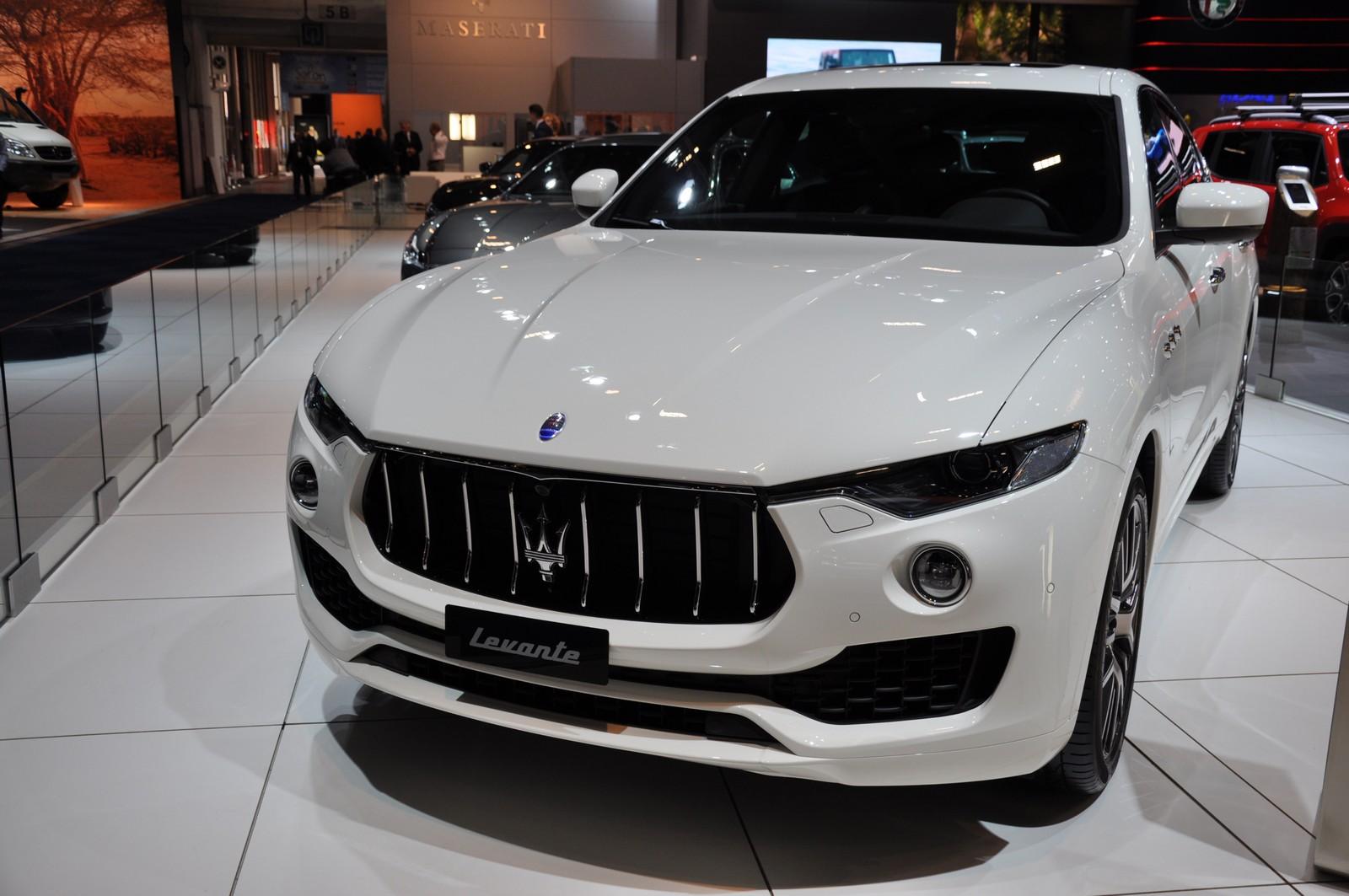 Brussels 2017 : Maserati Levante & Quattroporte