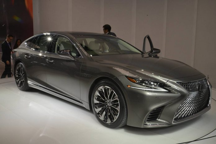 Lexus LS (6)
