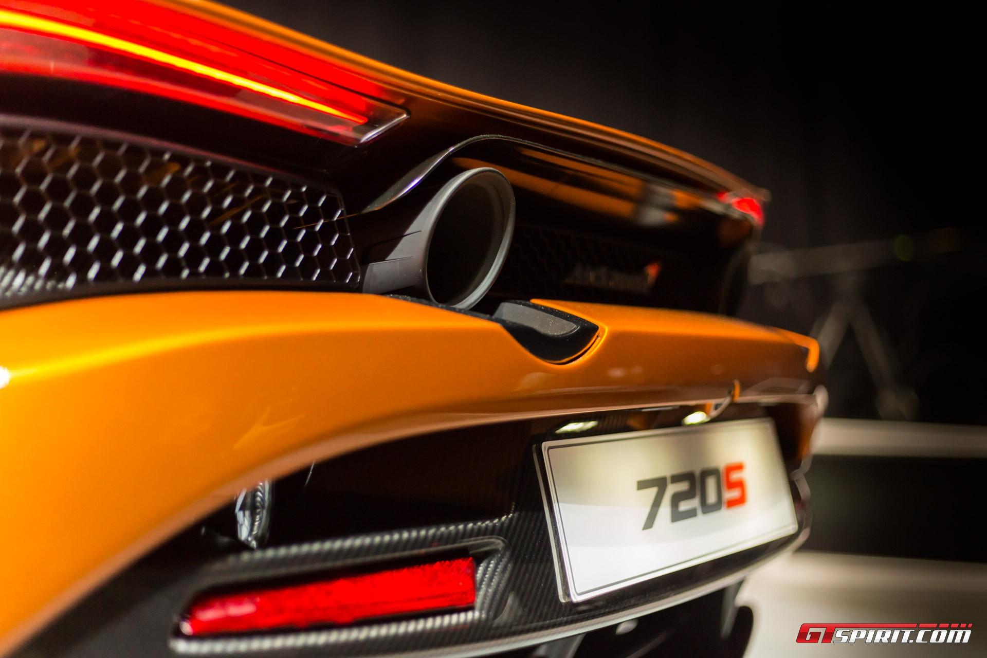 McLaren 720 S Rear