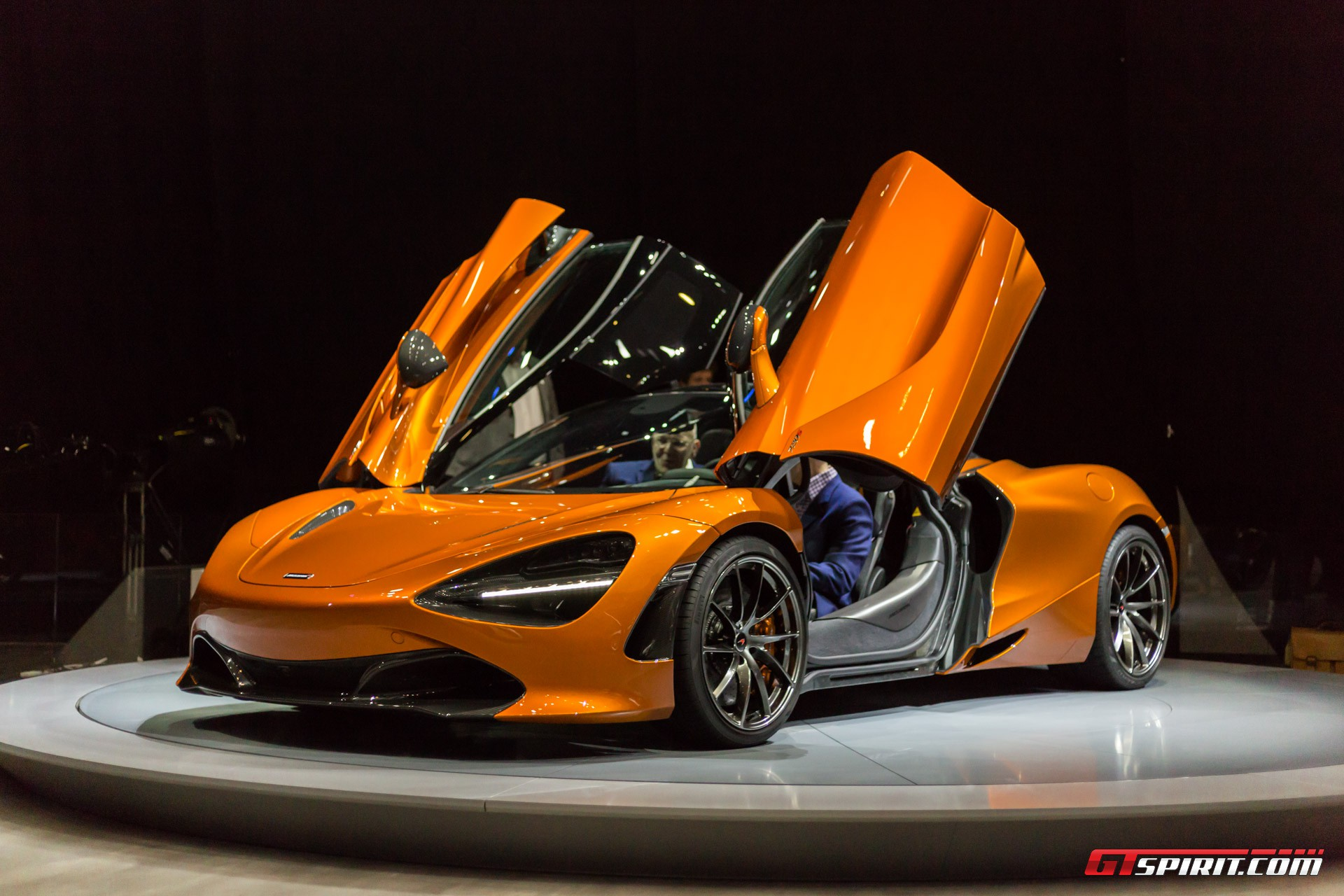 McLaren 720S Doors Up