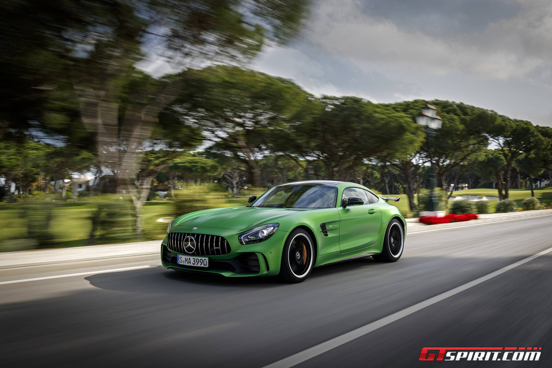 mercedes amg gt r review gtspirit. Black Bedroom Furniture Sets. Home Design Ideas