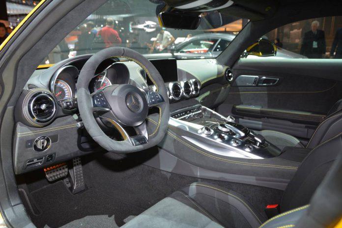 Mercedes-AMG GT S (9)