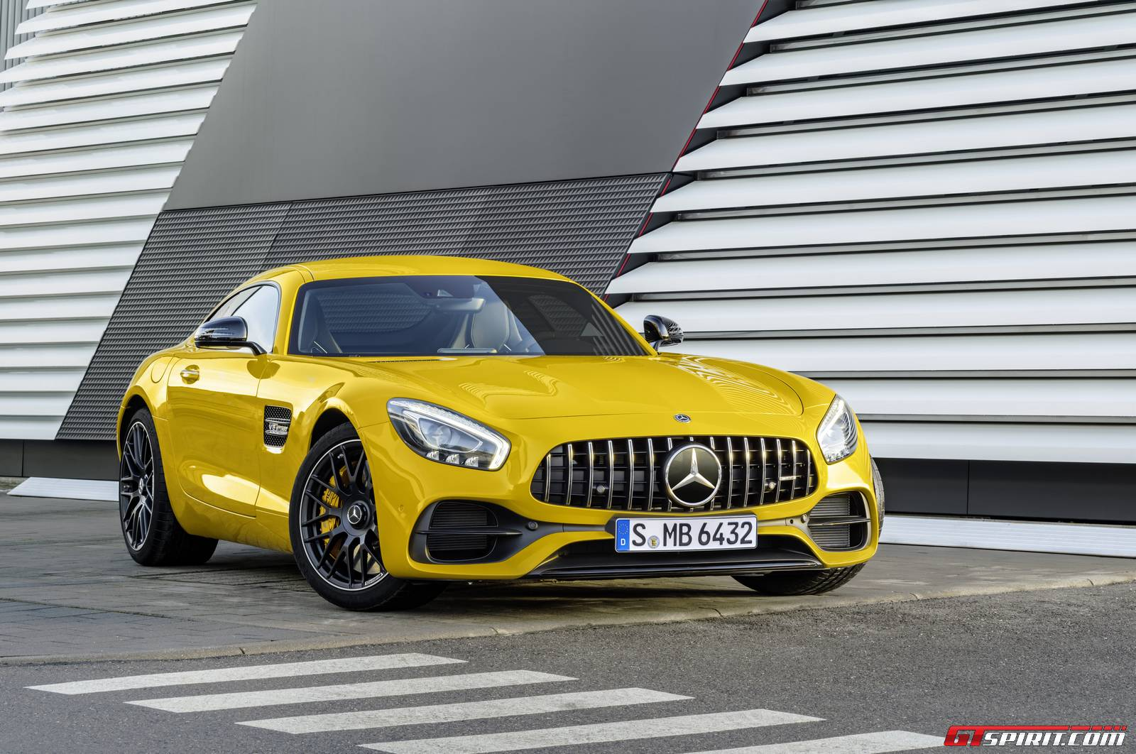 Official Mercedes Amg Gt C 2017 Updates And Edition 50 Models Gtspirit