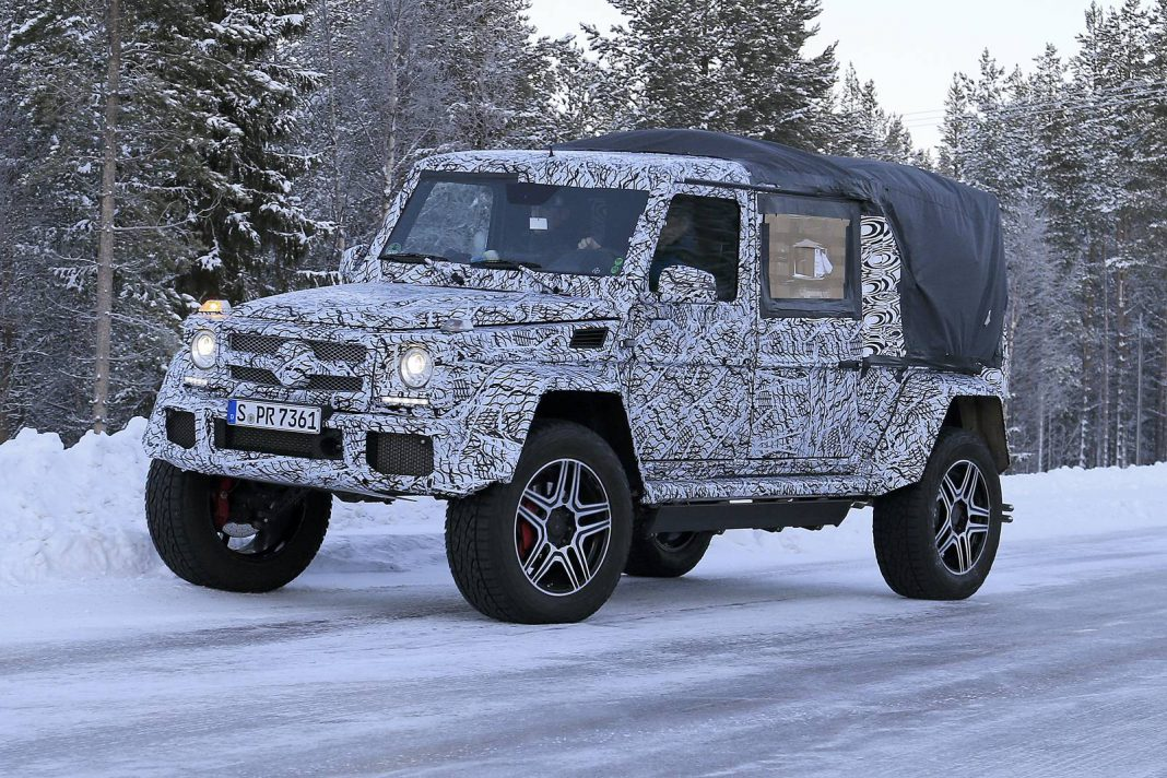 Mercedes-Benz 500 4×4² Convertible First Spy Shots
