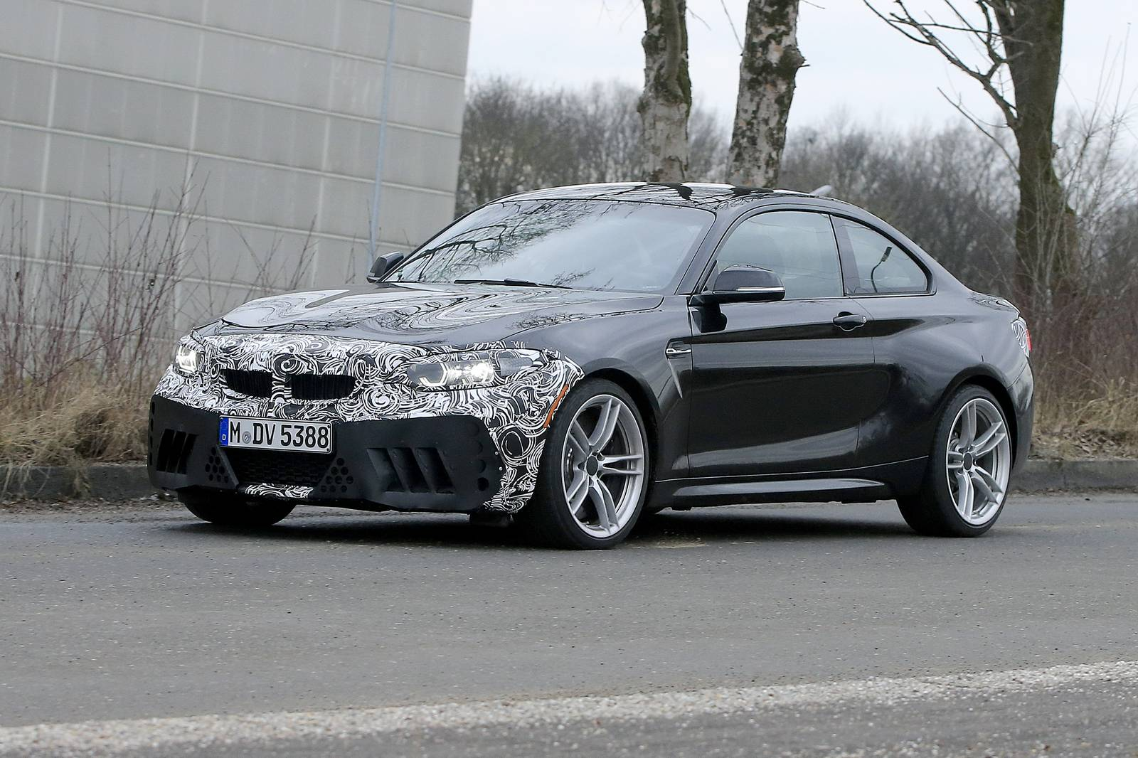 2018 bmw m2 facelift first spy shots gtspirit. Black Bedroom Furniture Sets. Home Design Ideas