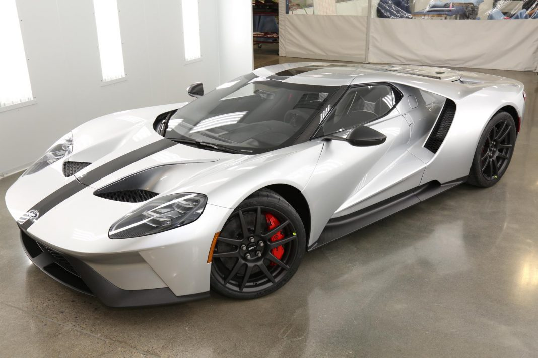 Official: 2017 Ford GT Competition Series