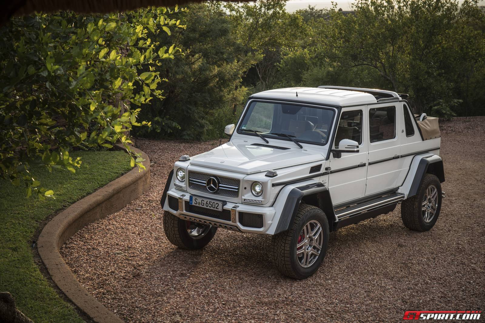 first impression mercedes maybach g650 landaulet gtspirit