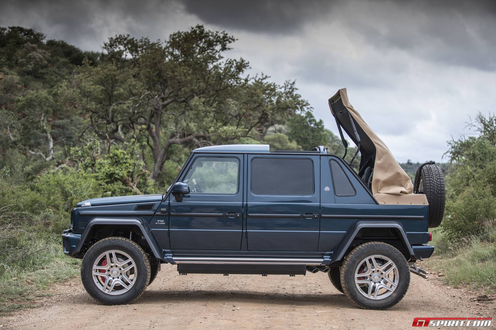 mercedes-maybach g650 landaulet auctioned for record $1.4 million
