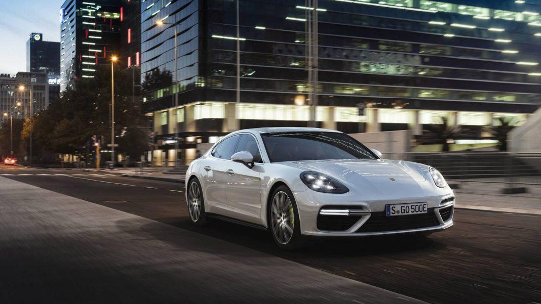 Official: 2018 Porsche Panamera Turbo S E-Hybrid