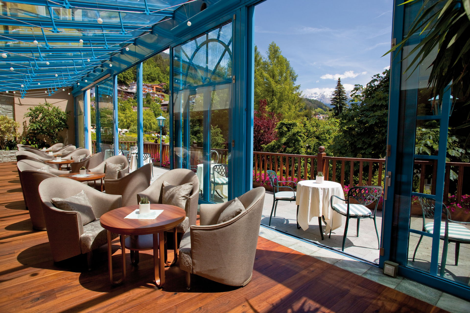Adler Dolomites Bar