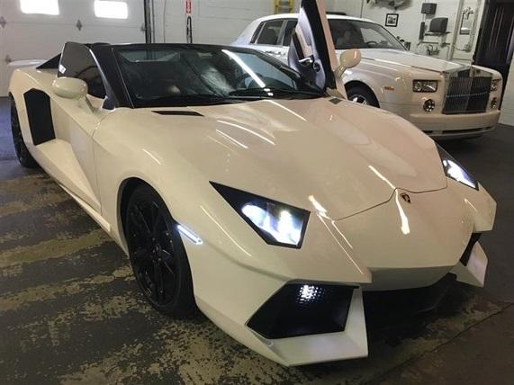 Overkill Lamborghini Aventador Replica For Sale At 55 000 Gtspirit
