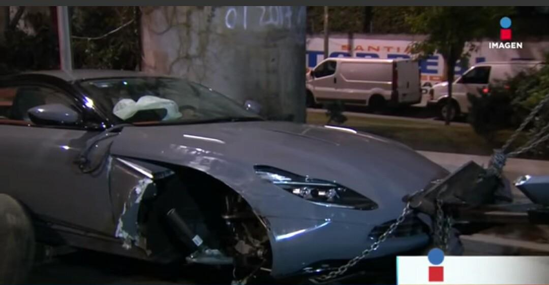 First Aston Martin Db11 Crash Occurs In Mexico Gtspirit