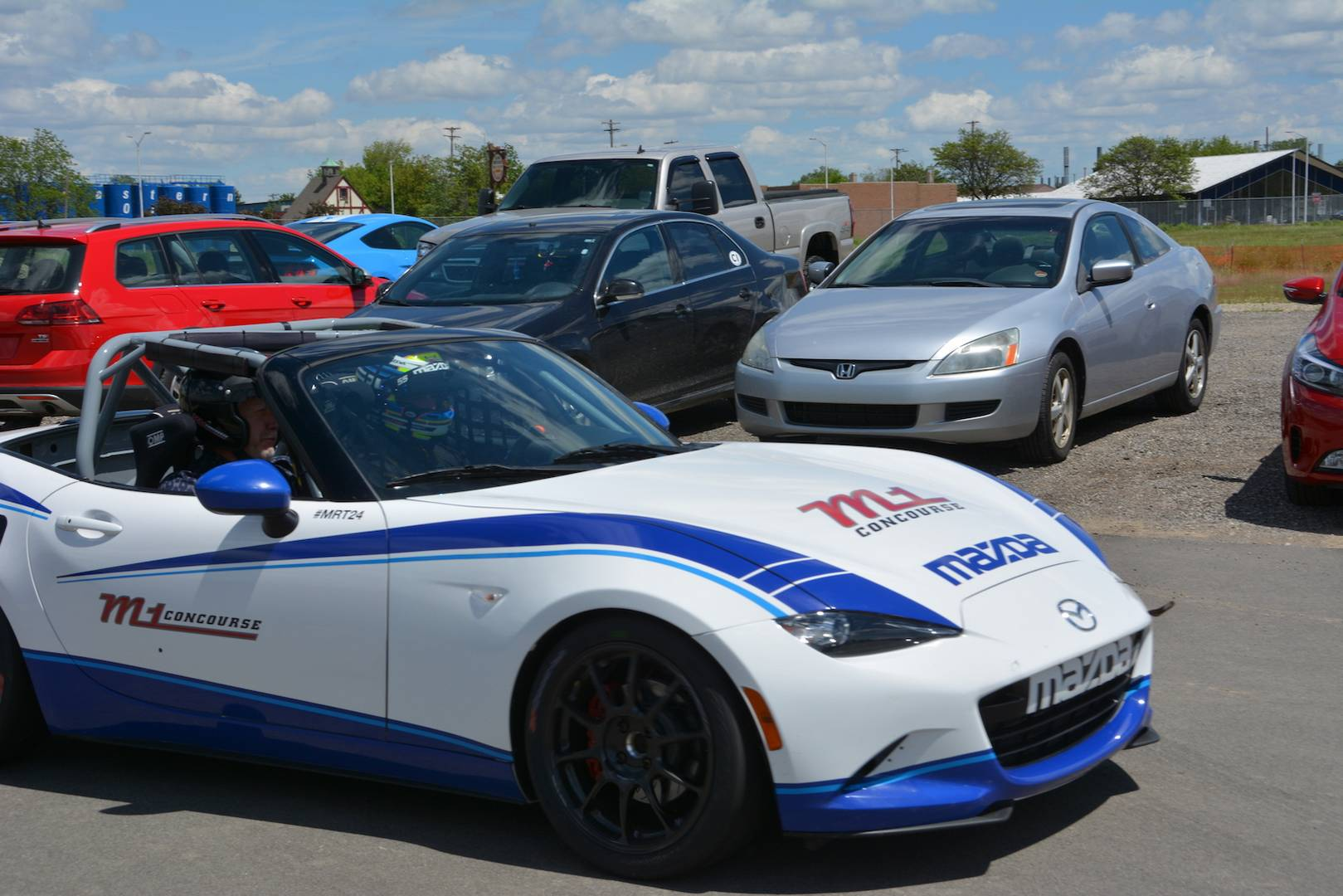 Mazda Global MX-5 Cup Car - First Drive! - GTspirit