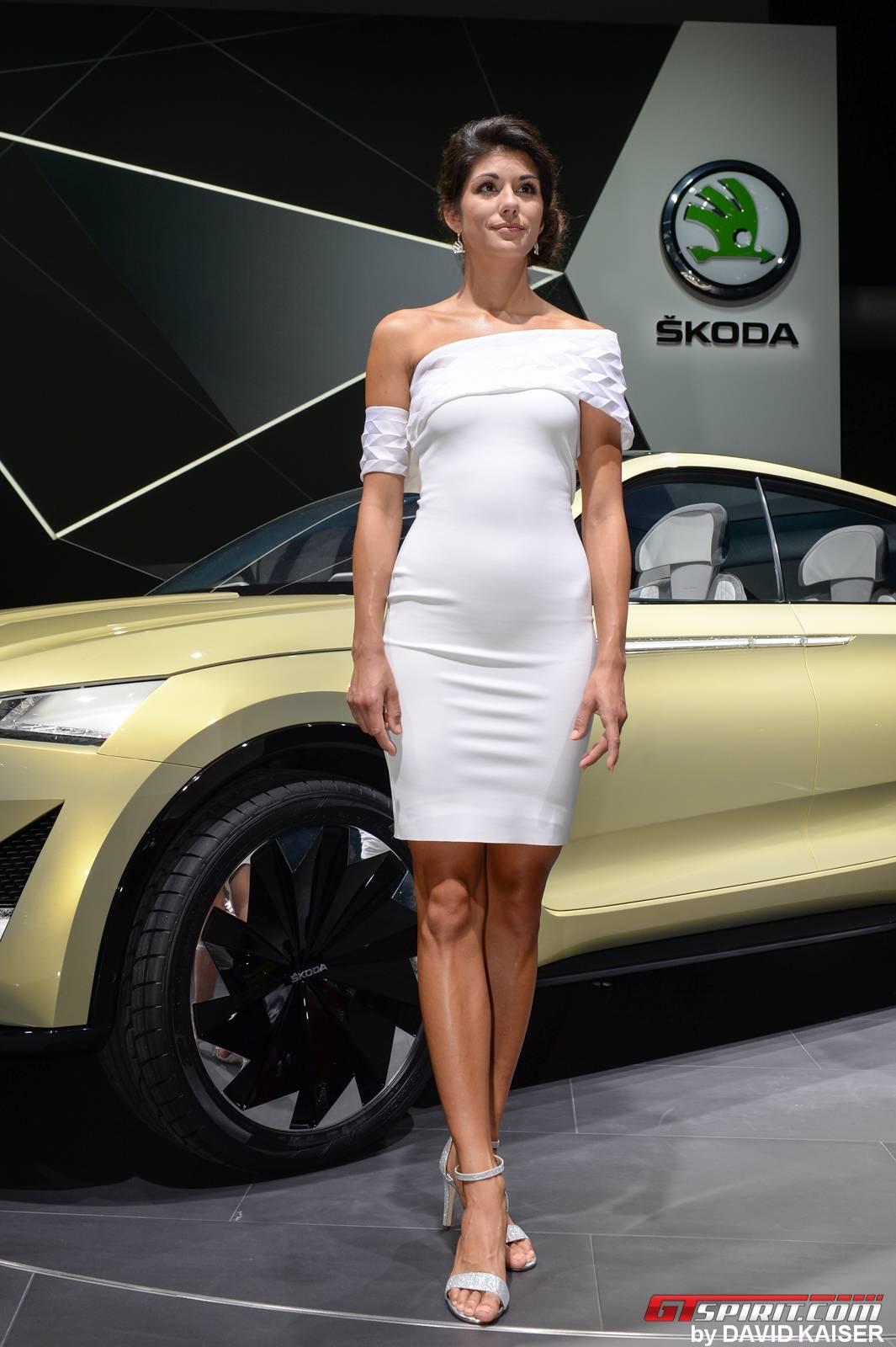 Gallery Girls Of Iaa Frankfurt Motor Show 2017 Gtspirit