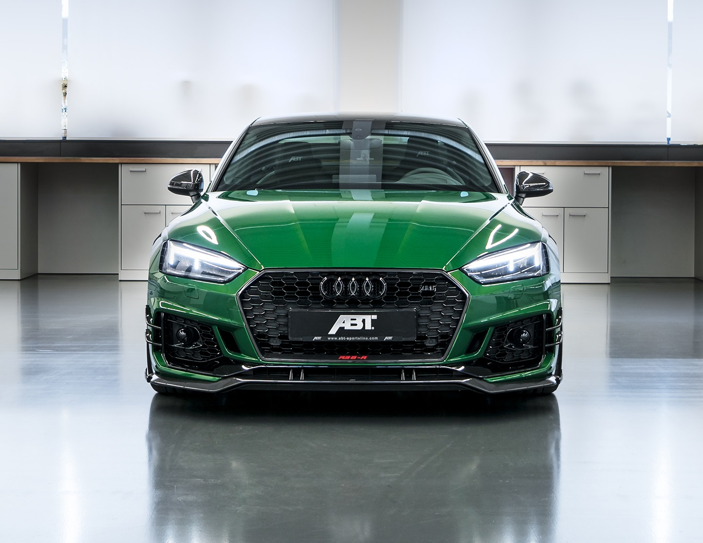 official abt audi rs5 r with 530hp limited to 50 units. Black Bedroom Furniture Sets. Home Design Ideas