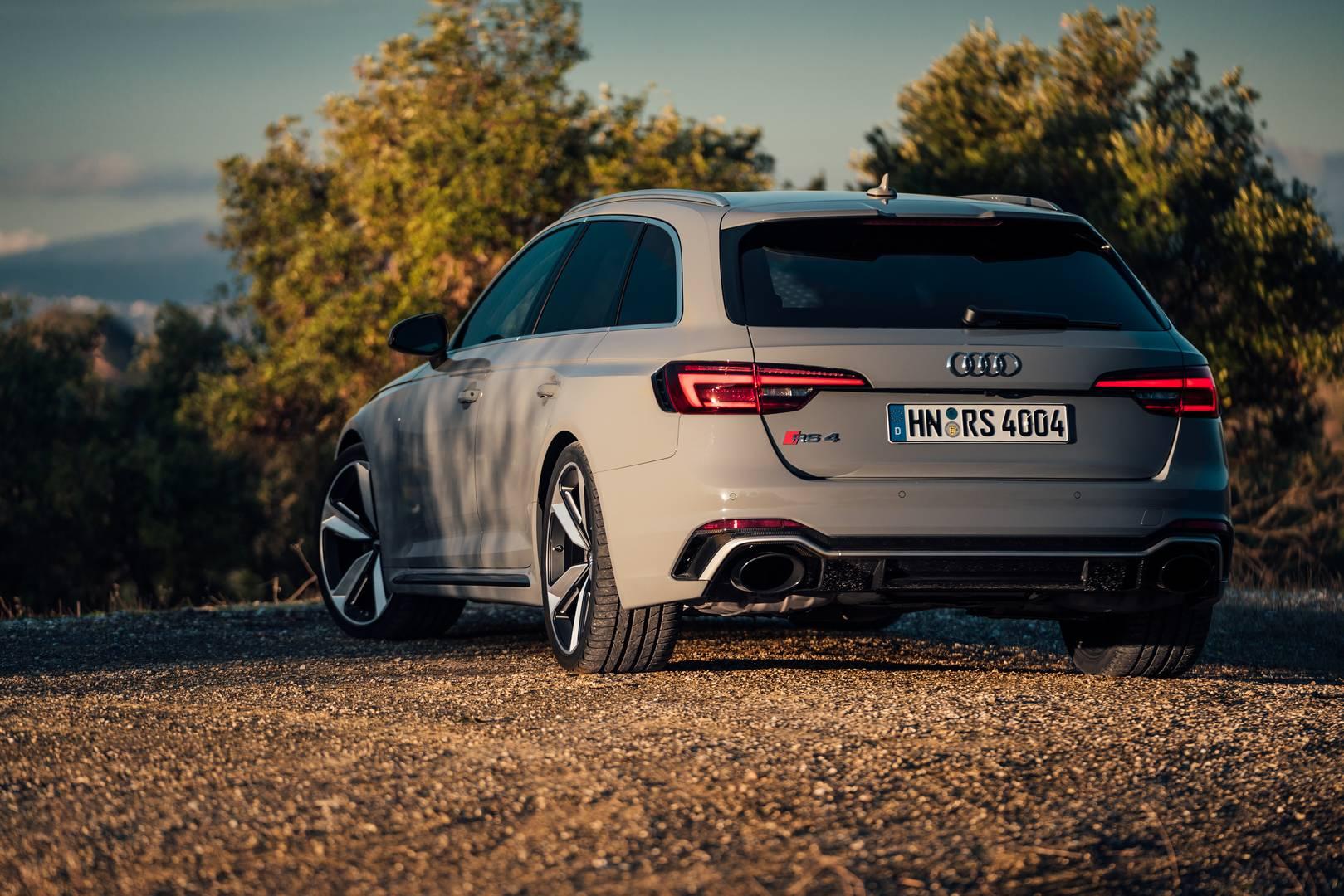 2018 Audi Rs4 Avant 1 Of 15 The
