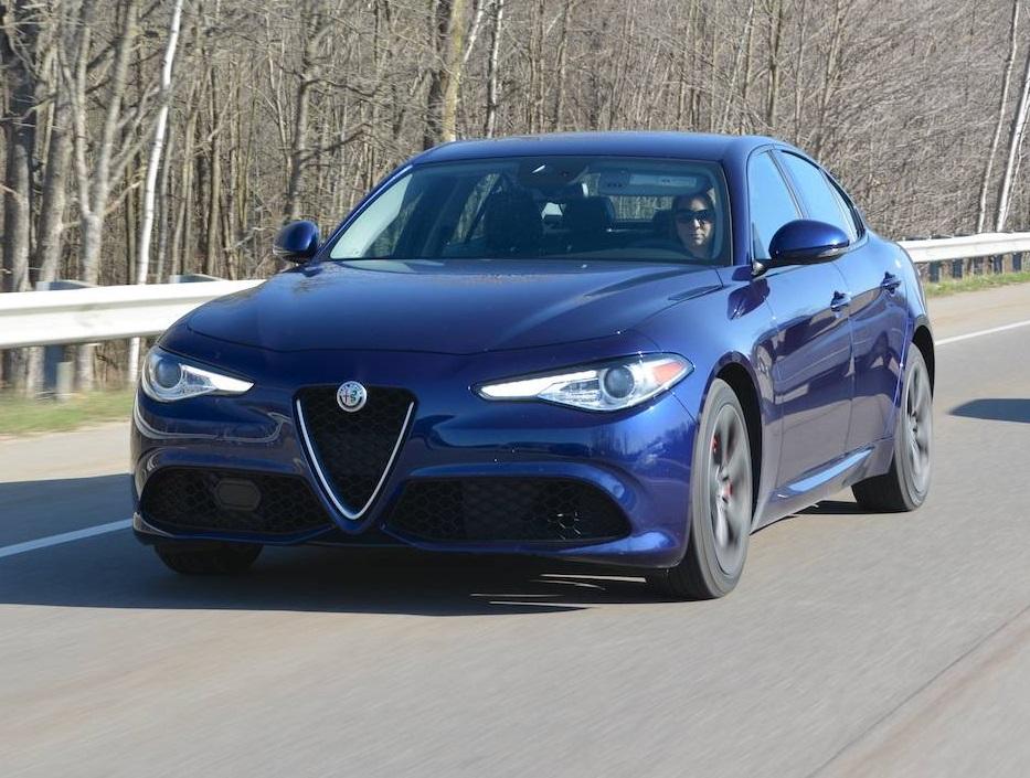 Alfa Romeo Giulia Reliability >> Review 2018 Alfa Romeo Giulia Ti Awd Sport Review Gtspirit