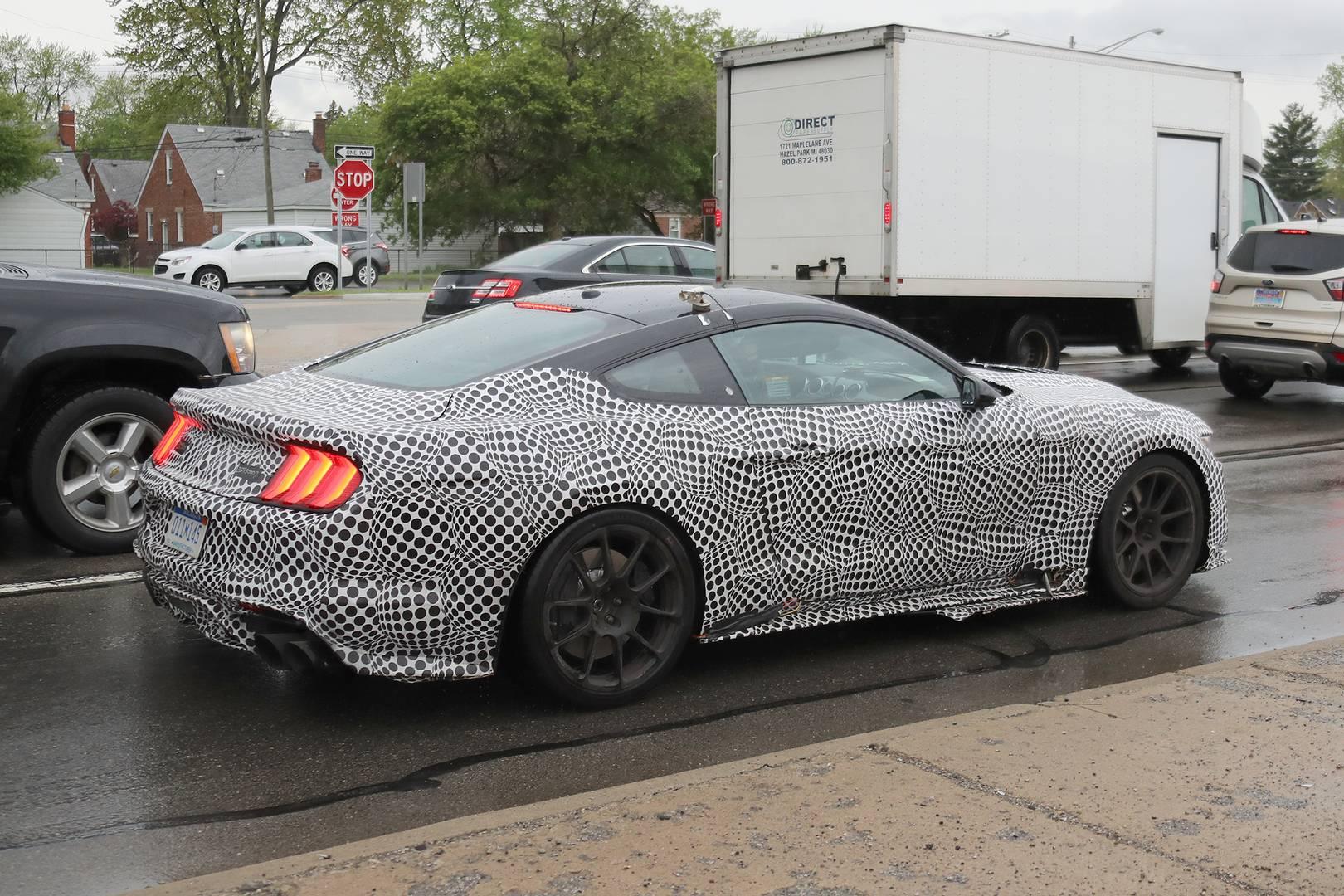 2019 Ford Mustang Shelby GT500 Spy Shots - GTspirit
