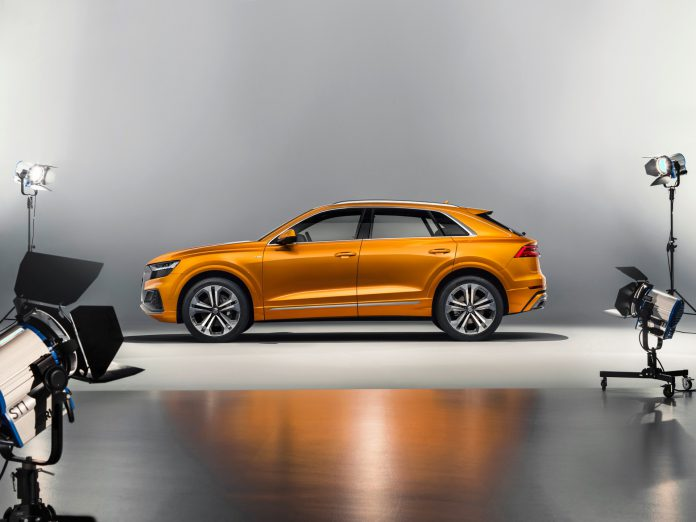 Audi Q8 Studio Photos