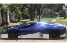 256MPH SSC Ultimate Aero for Sale at $225,000 in the US