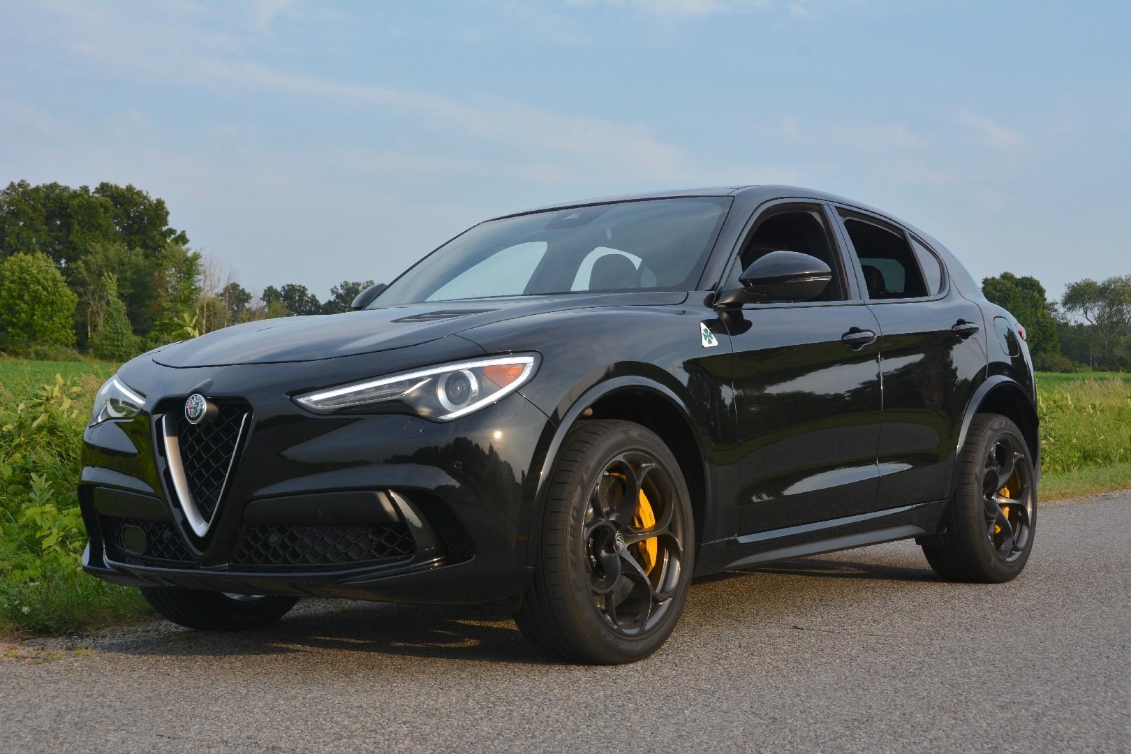 Alfa Romeo Suv >> 2019 Alfa Romeo Stelvio Quadrifoglio Review Gtspirit
