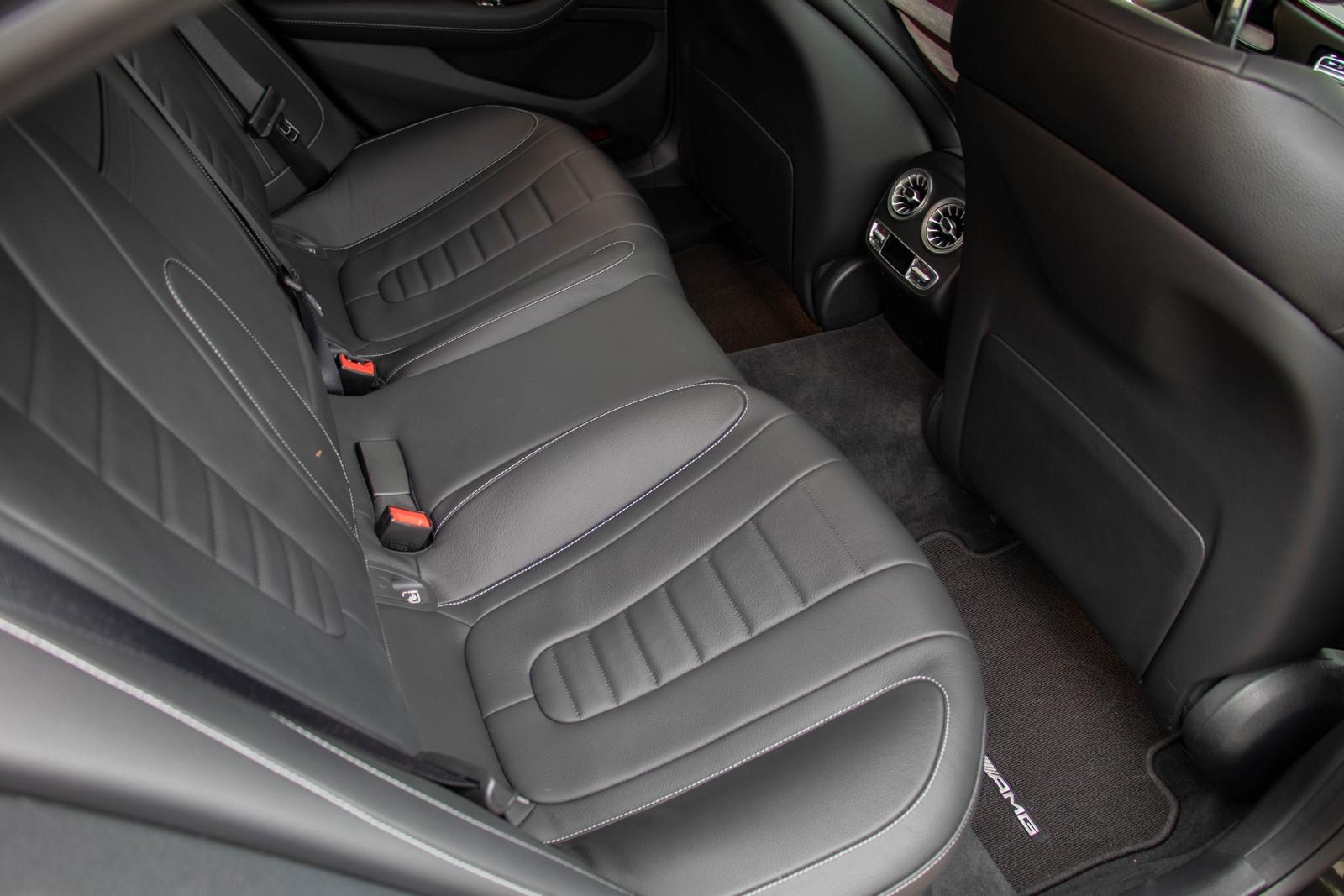 Mercedes-Benz CLS 400d Rear Seats