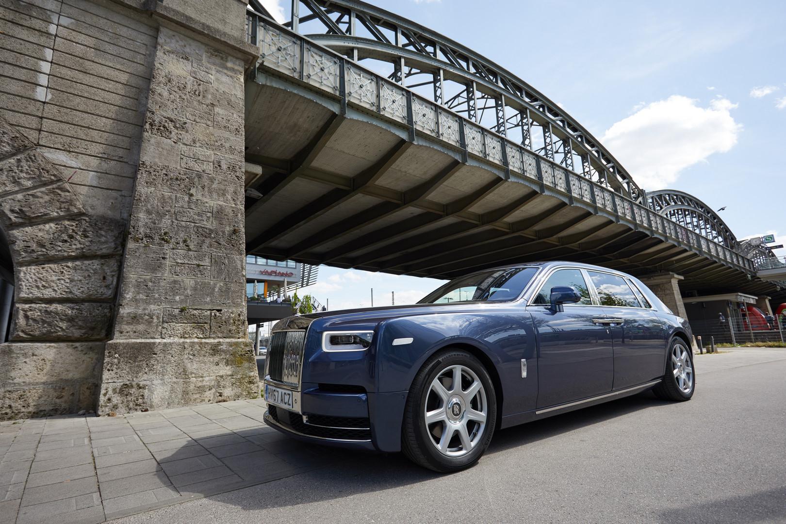 Rolls-Royce Phantom VIII Exterior
