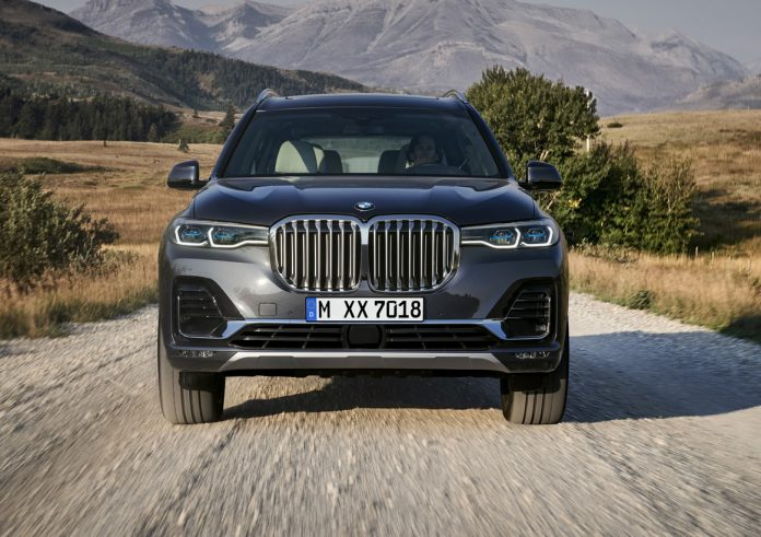 2019 BMW X7 Front Kidney Grille