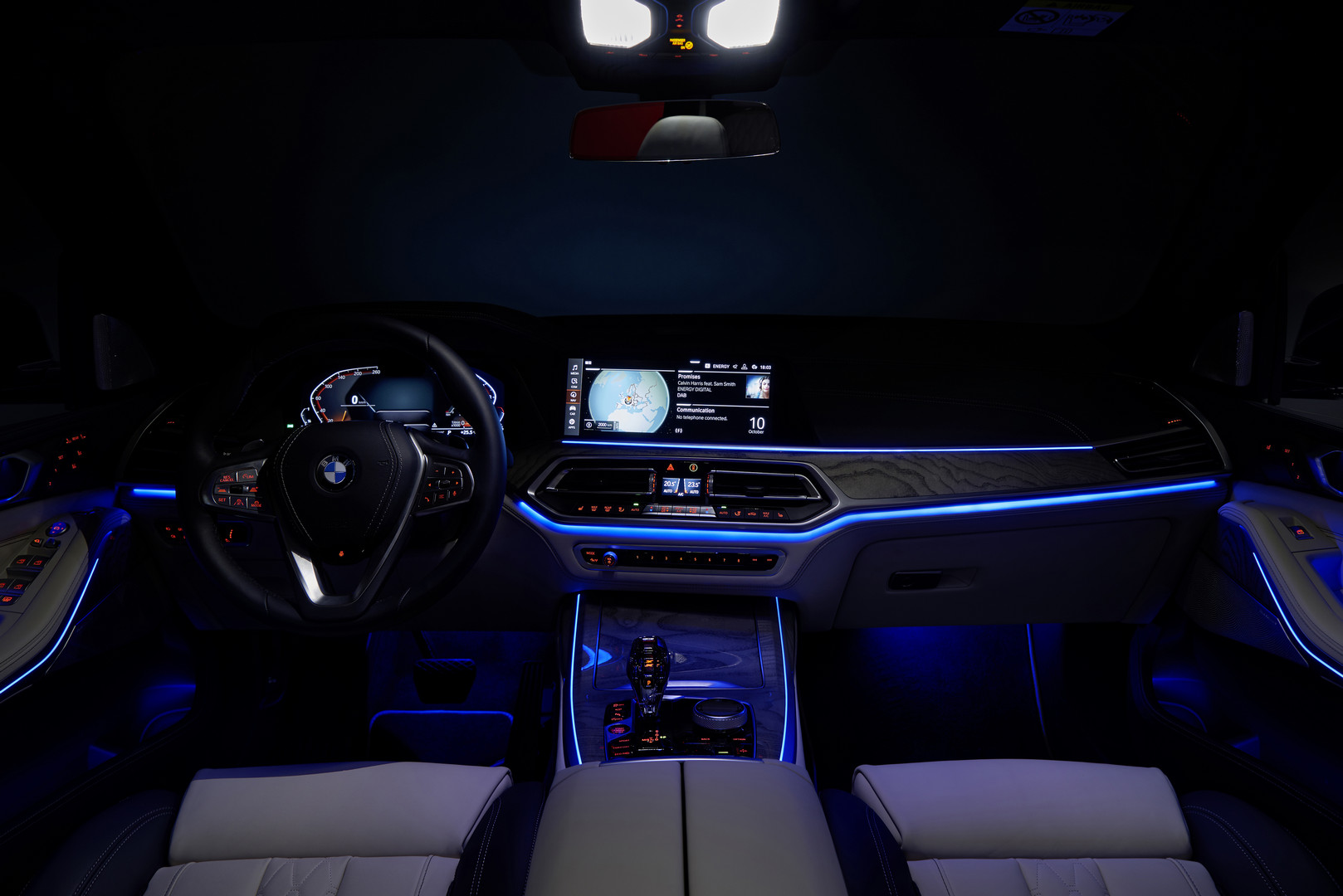 2019 BMW X7 Ambient Lighting