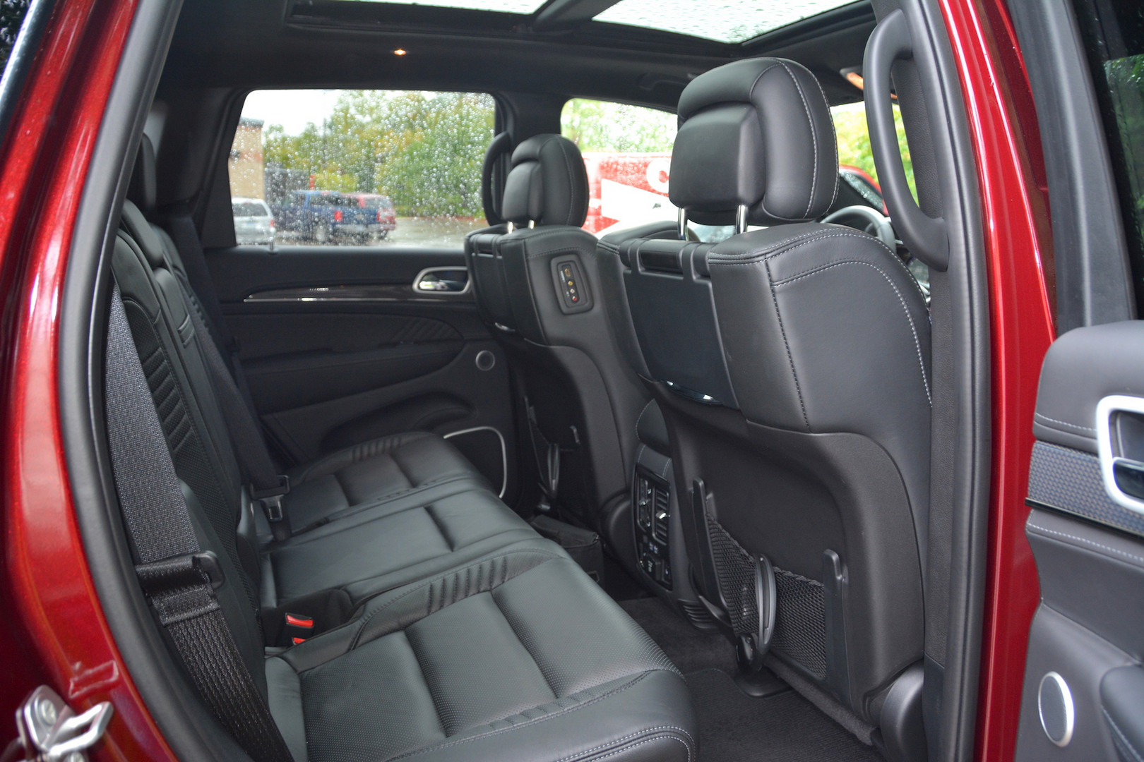 2019 Jeep Grand Cherokee Trackhawk Interior