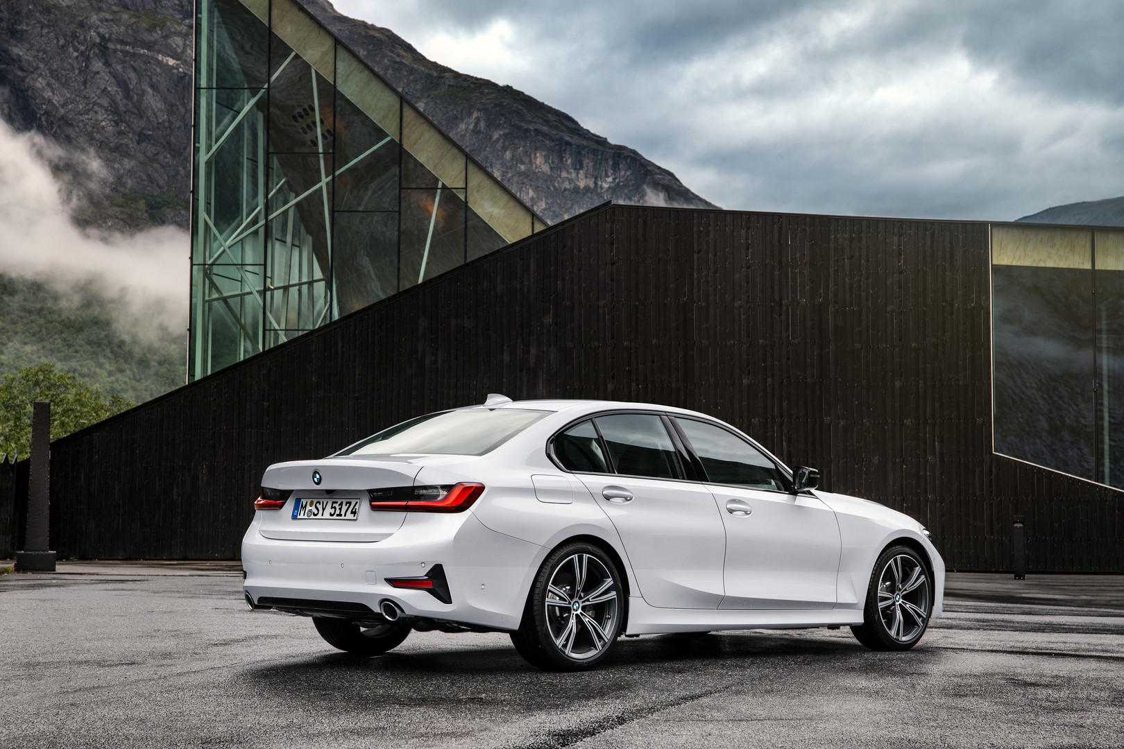 2019 BMW 3 Series G20 Rear View