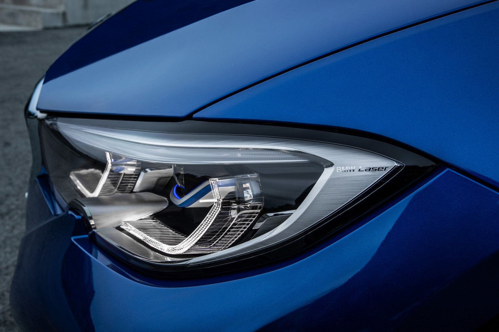 2019 BMW 3 Series Headlight