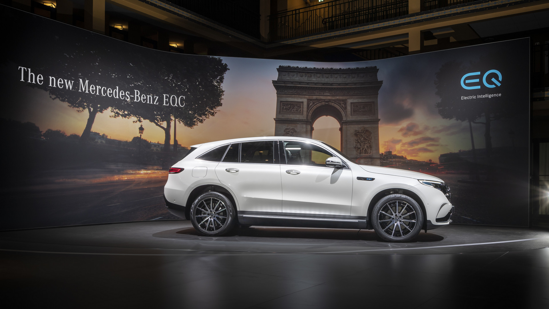 2019 Mercedes-Benz EQC Side View