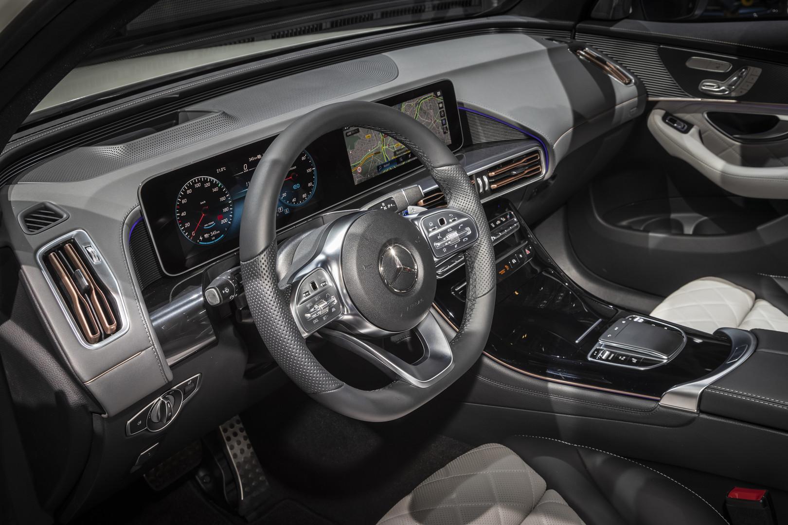 2019 Mercedes-Benz EQC Interior