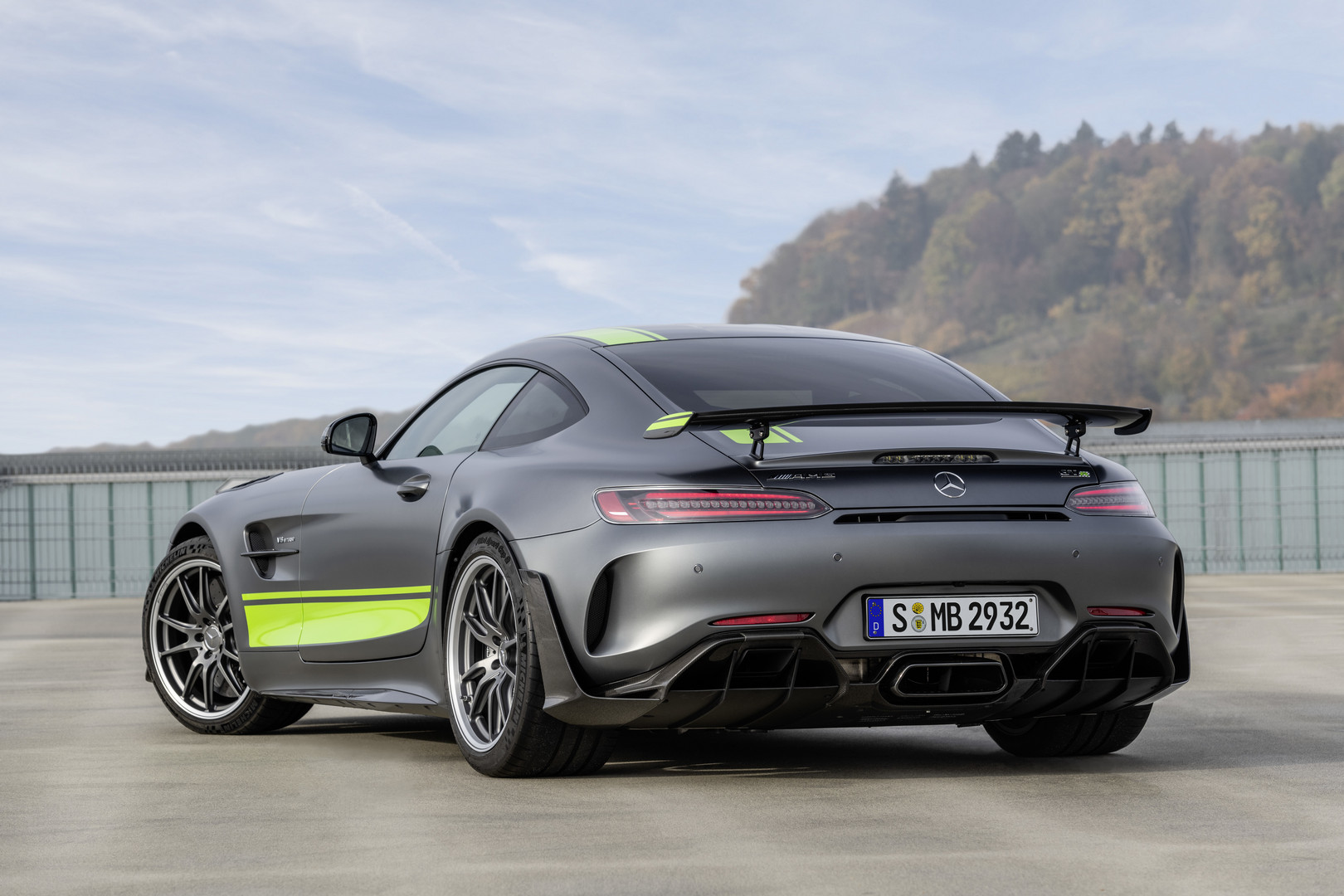 2019 Mercedes-AMG GT R PRO Officially Revealed - GTspirit