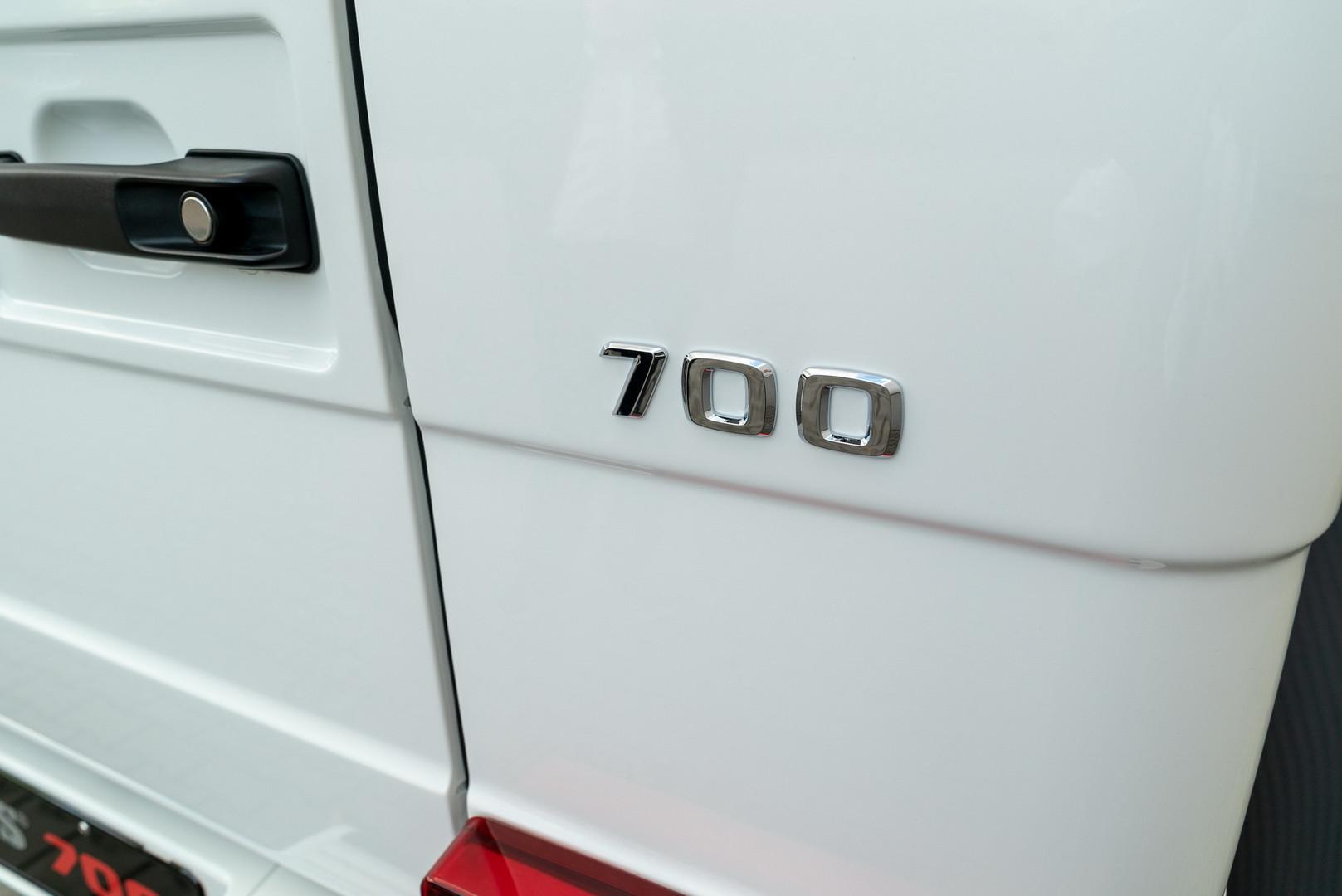 Brabus 700 4x4² Logo