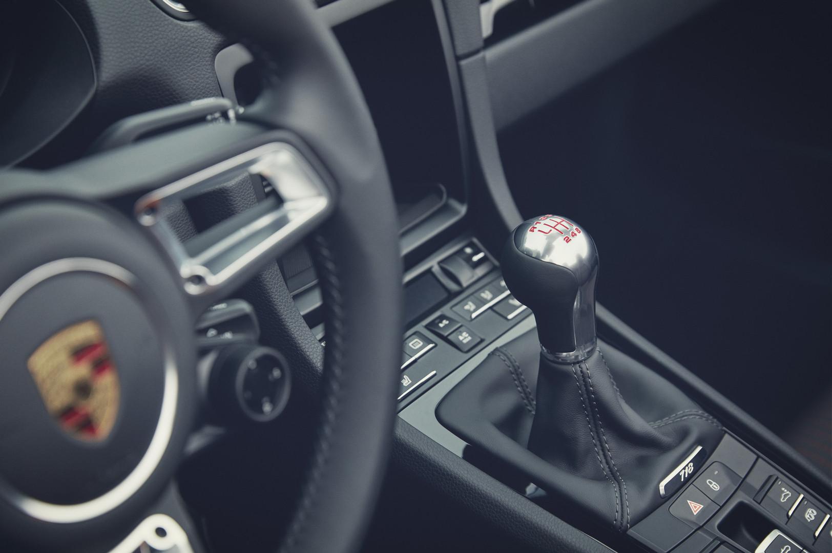 Porsche 718 Boxster T Manual Gearbox