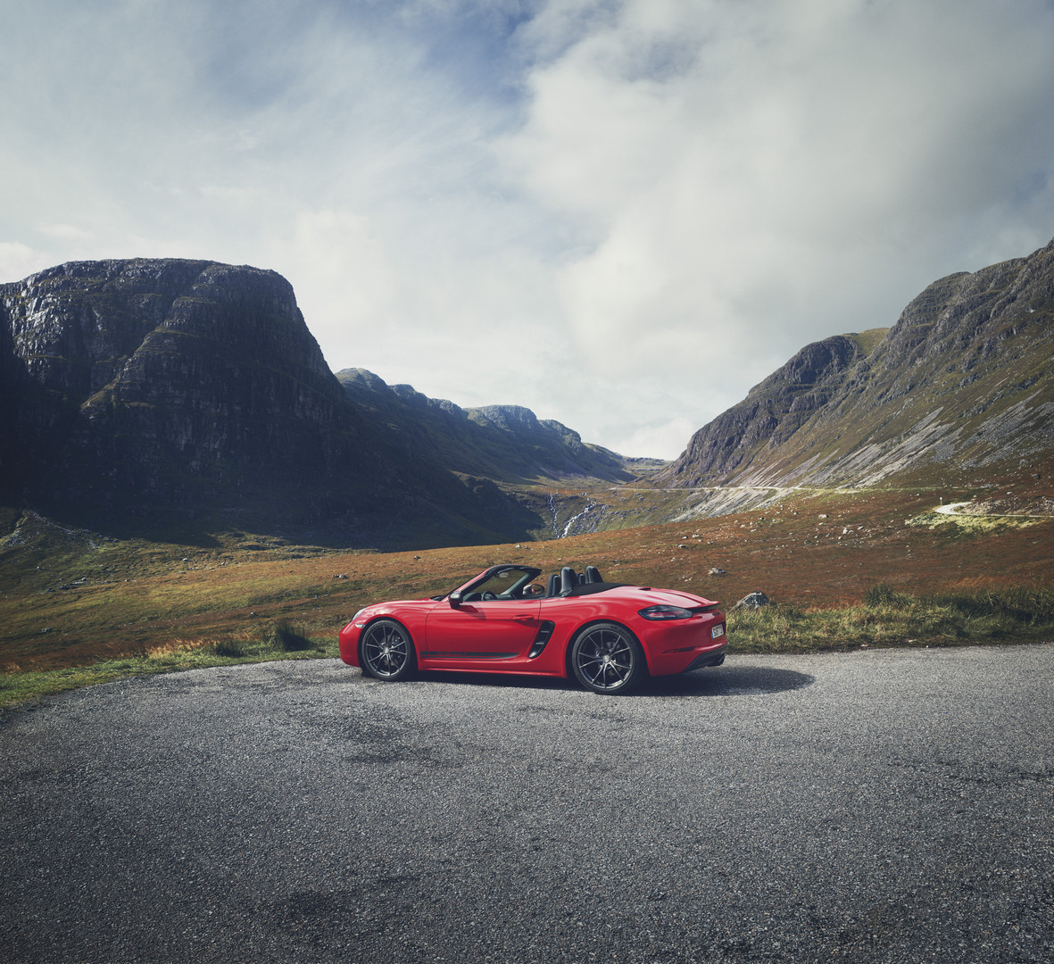 2019 Porsche 718 Boxster T And Cayman T Models Revealed