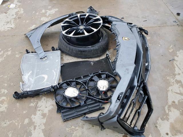 Crashed Lamborghini Urus