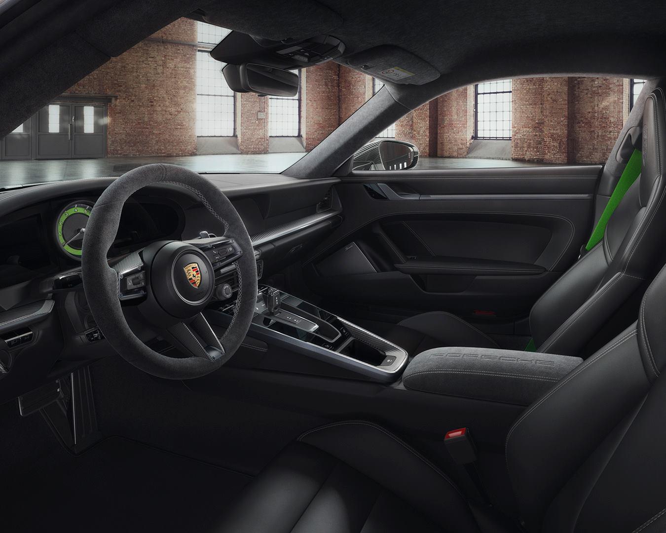 Porsche Exclusive 992 Carrera 4S 911