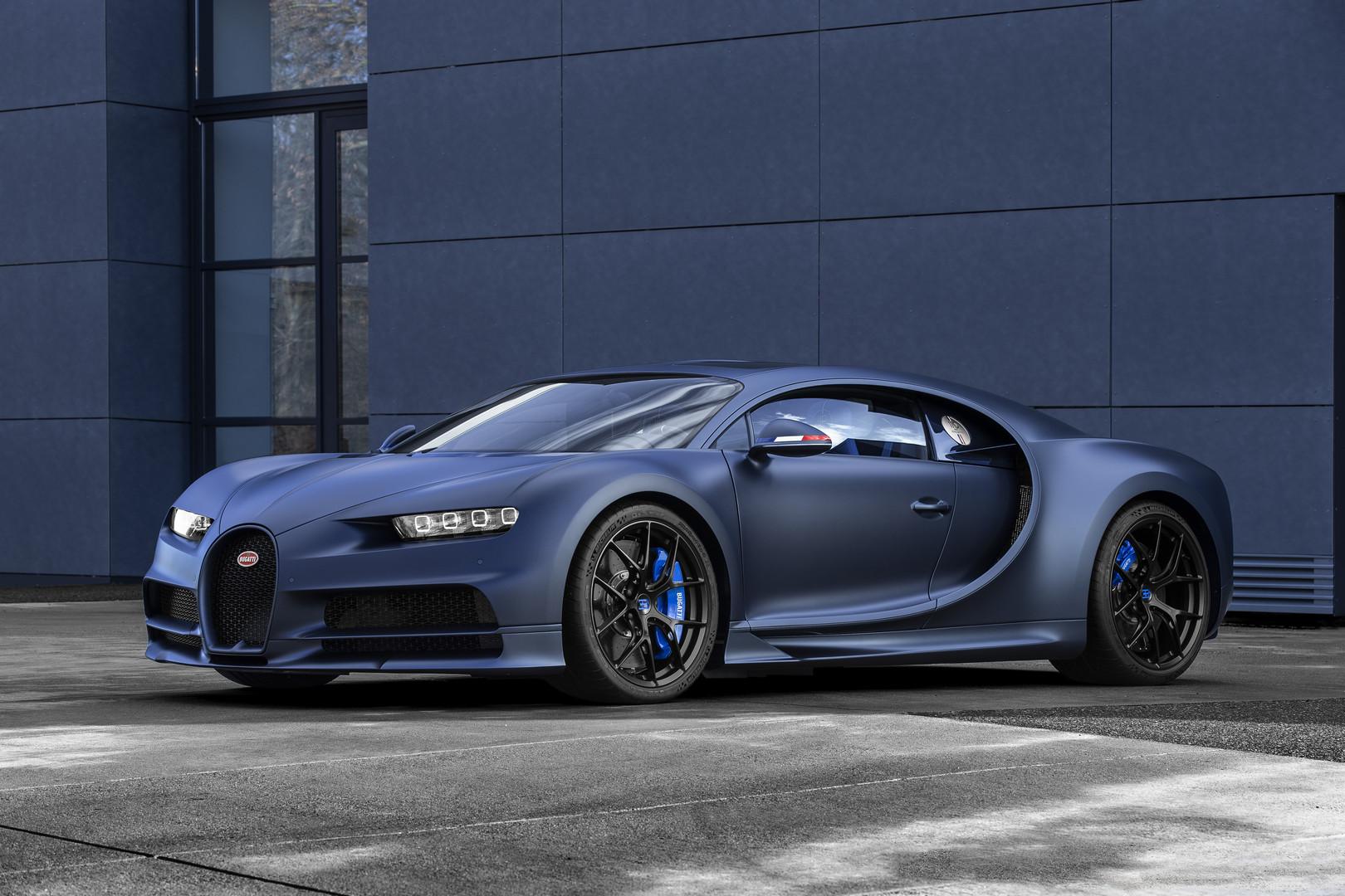 new bugatti chiron sport 110 ans bugatti celebrates. Black Bedroom Furniture Sets. Home Design Ideas