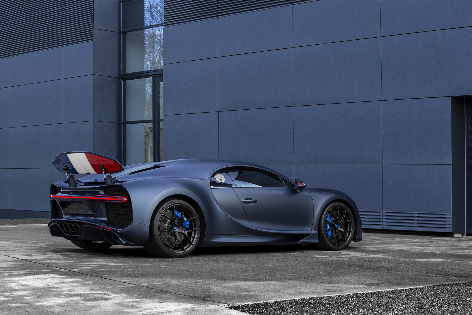 Chiron '110 ans Bugatti' revealed