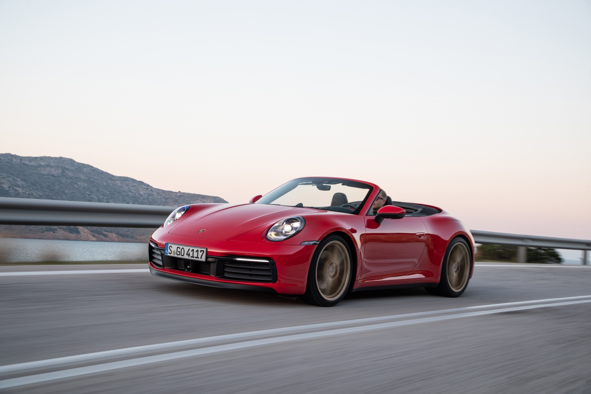 2019 Porsche 992 911 Carrera Cabriolet Review