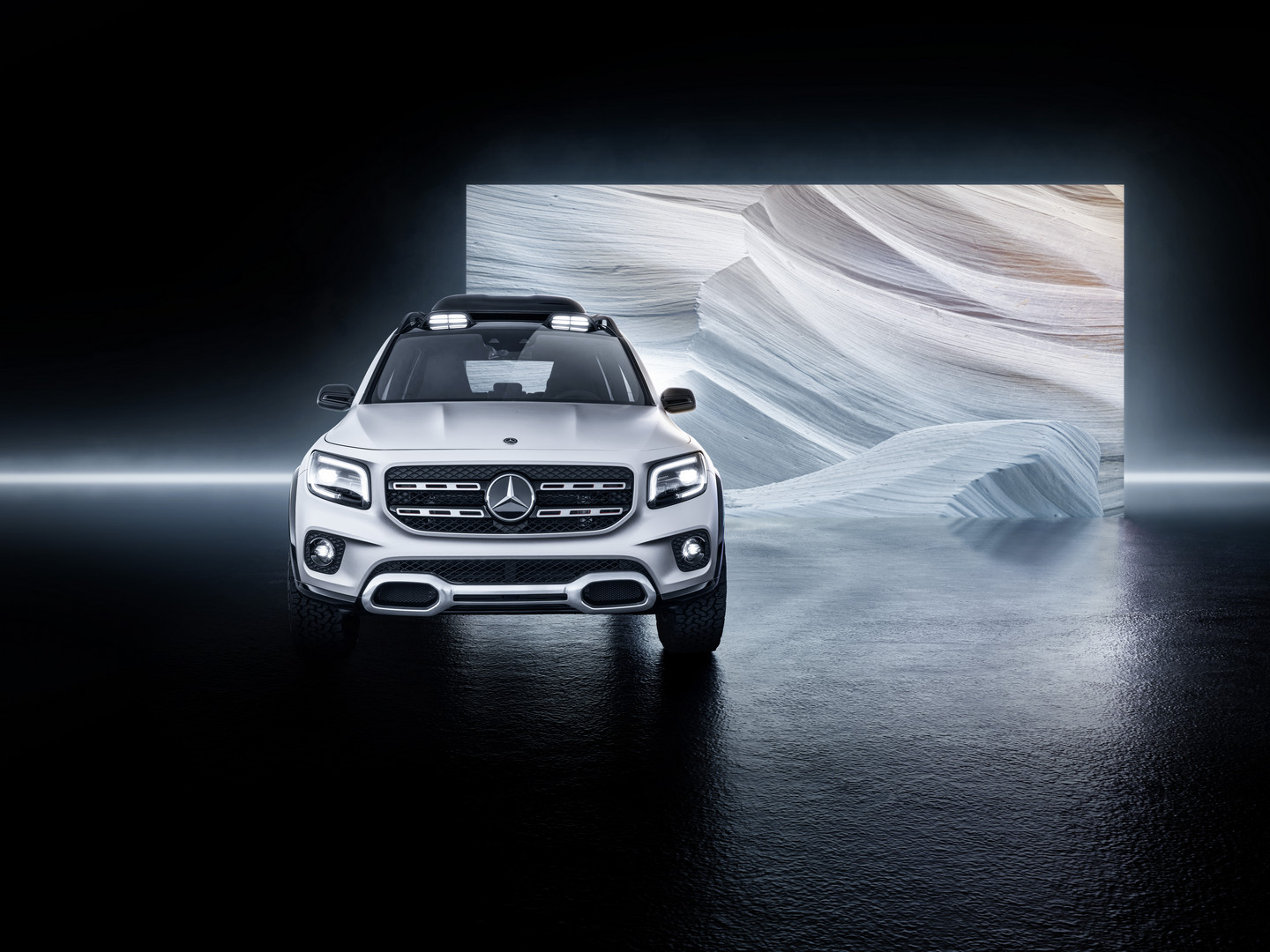 Car Seat Cover Design >> Mercedes-Benz GLB Concept Breaks Cover - GTspirit