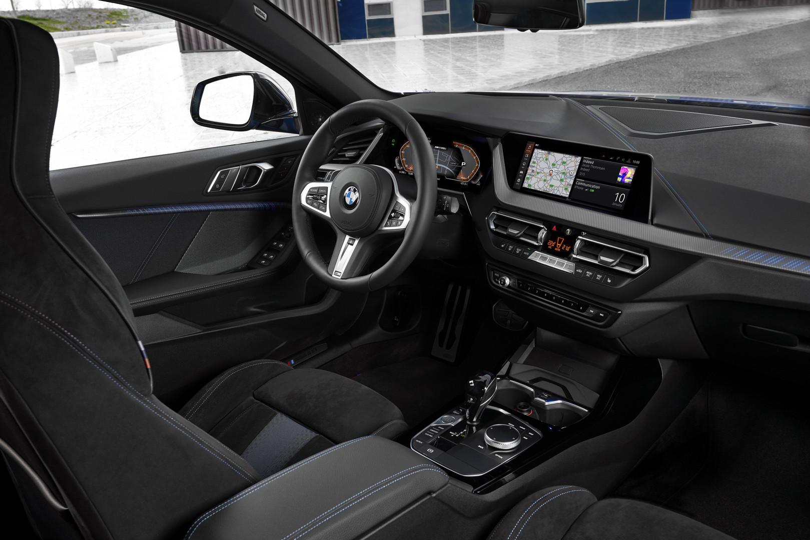 2020 BMW M135i Cockpit