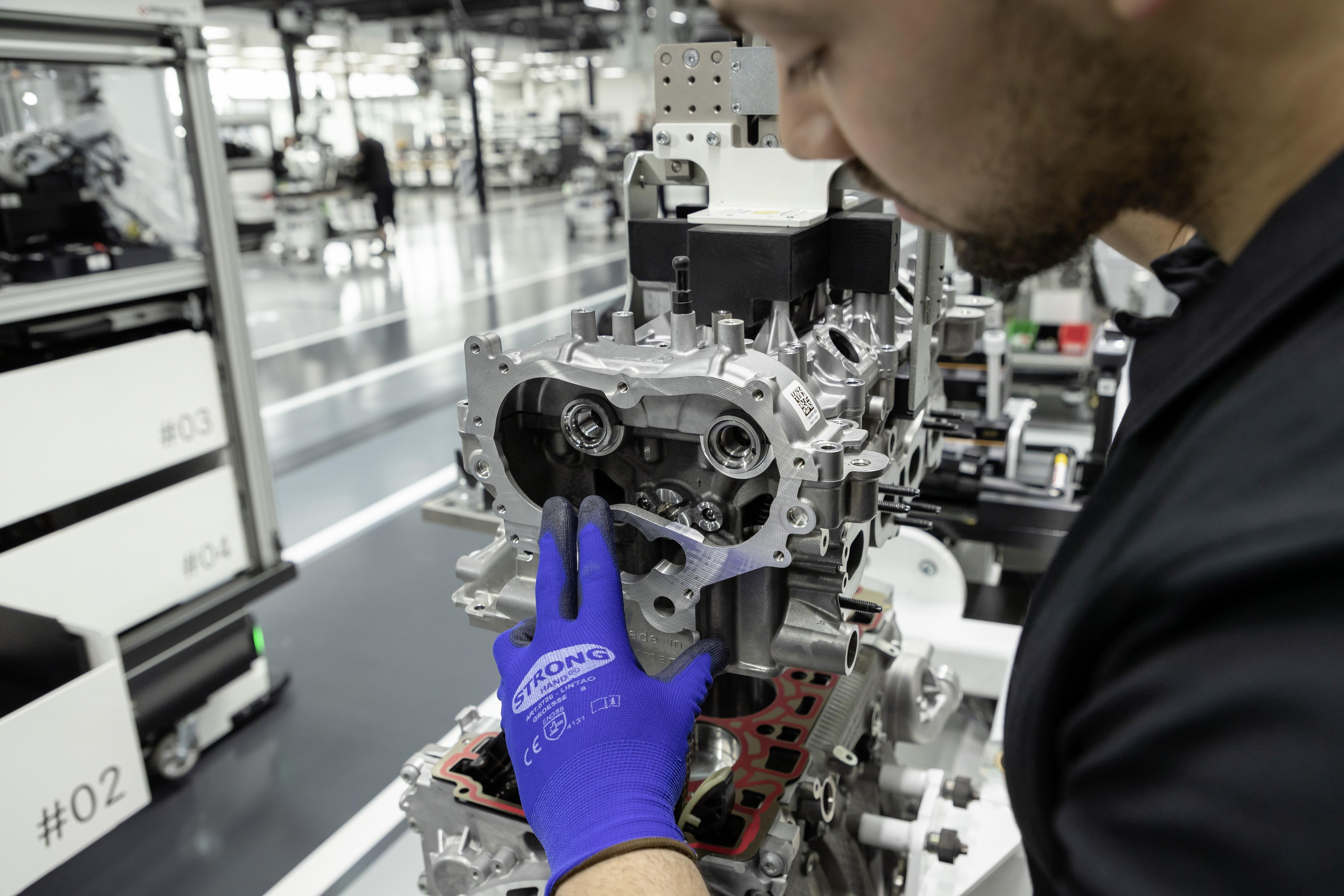 2020 Mercedes-AMG A45 Engine