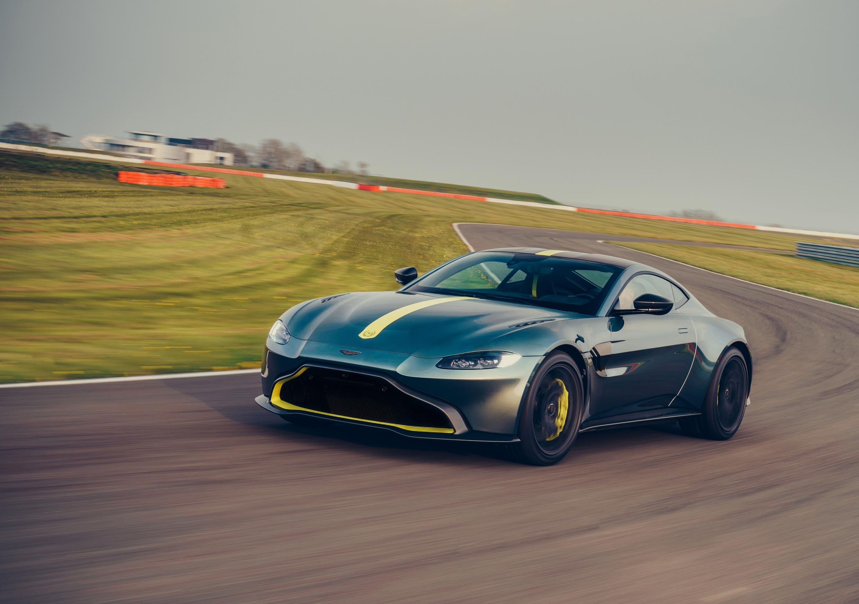 Aston Martin Vantage AMR Revealed with 7-Speed Manual