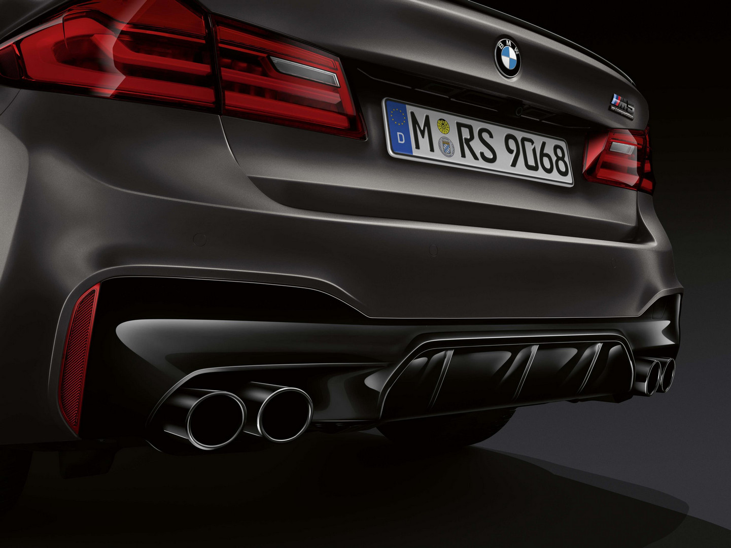 2020 bmw m5 edition 35 years  limited to 350 units only